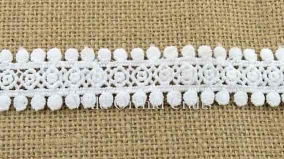 "1.1 Yards (1 METRE) LENGTH WHITE GUIPURE LACE 25mm (1"")"