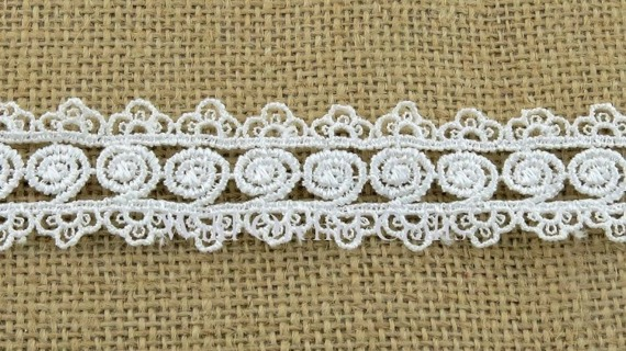 "1.1 Yards (1 METRE) LENGTH WHITE GUIPURE LACE 30mm (1¼"")"