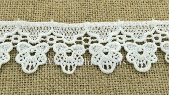 "1.1 Yards (1 METRE) LENGTH WHITE GUIPURE LACE 35mm (1⅜"")"