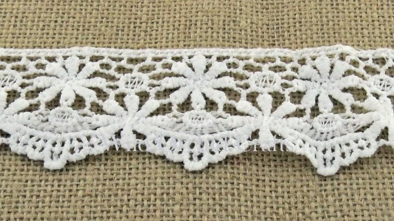 "1.1 Yards (1 METRE) LENGTH WHITE GUIPURE LACE 45mm (1¾"")"