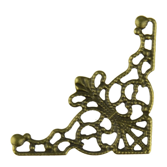 10 FILIGREE ANTIQUE GOLD CORNERS