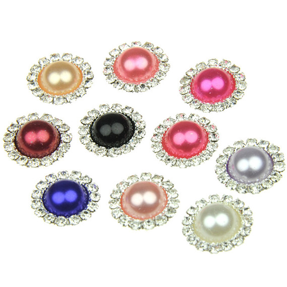 10 MIXED COLOUR FLAT BACK PEARLS IN A DIAMOND CIRCLE