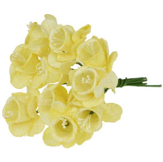 10 PALE YELLOW MULBERRY PAPER DAFFODIL STEM FLOWERS