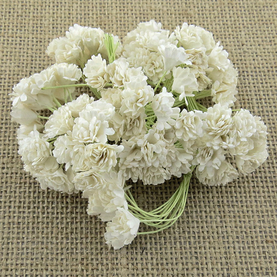 100 WHITE MULBERRY PAPER GYPSOPHILA FLOWERS