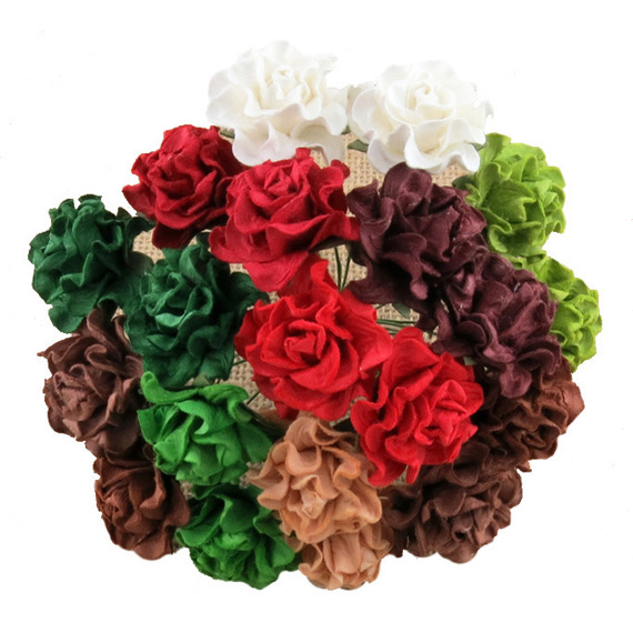 "20 MIXED CHRISTMAS/SEASONAL COLOUR TUSCANY ROSES - 30mm (1¼"")"