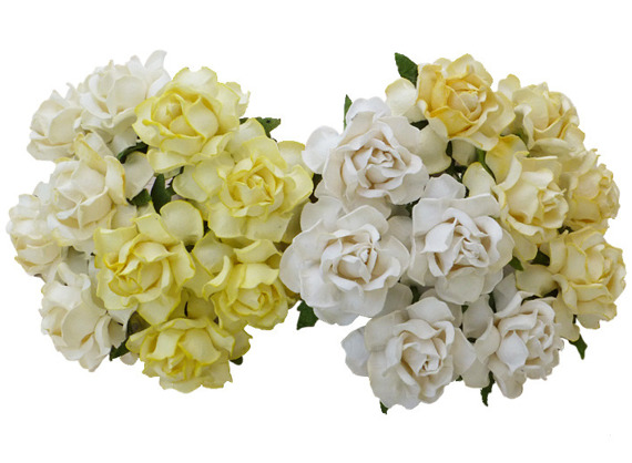 20 MIXED WHITE/CREAM MULBERRY PAPER COTTAGE ROSES