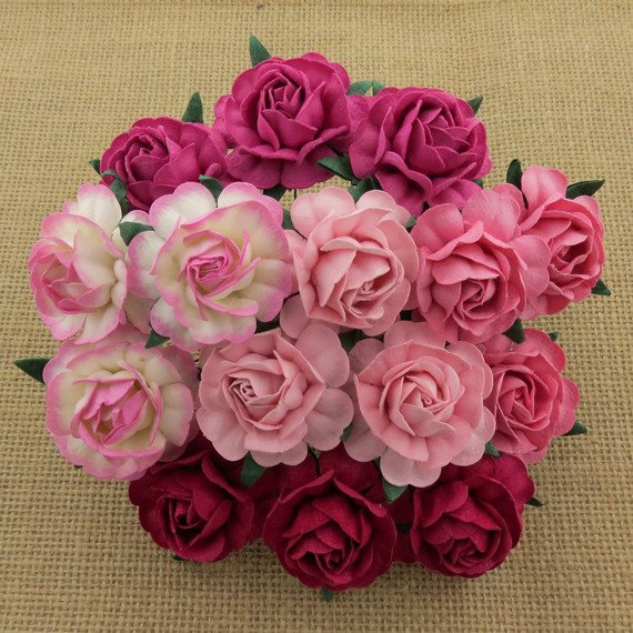 25 MIXED PINK MULBERRY PAPER TEA ROSES 40MM