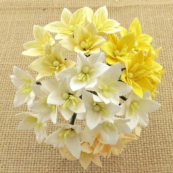 40 MIXED WHITE/CREAM MULBERRY PAPER LILY FLOWERS