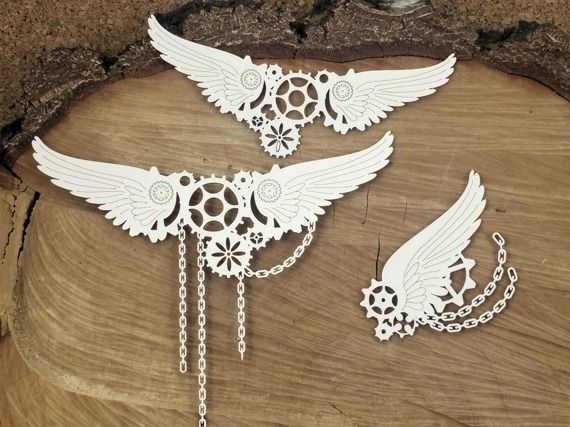 Chipboard - Big wings in chains - Steampunk