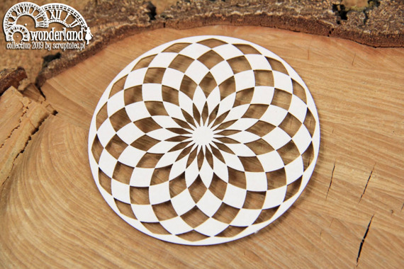 Chipboard - Round Chessboard - Alice in Wonderland