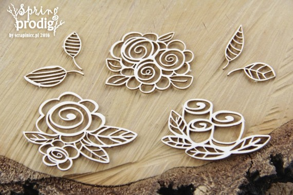 Chipboard roses -7 pcs